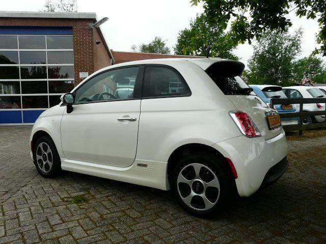Fiat 500e Wit  2015 Verwacht.